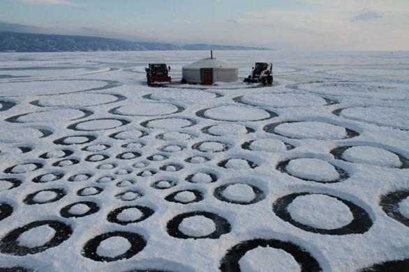 冰上创作世界上最大的几何图形