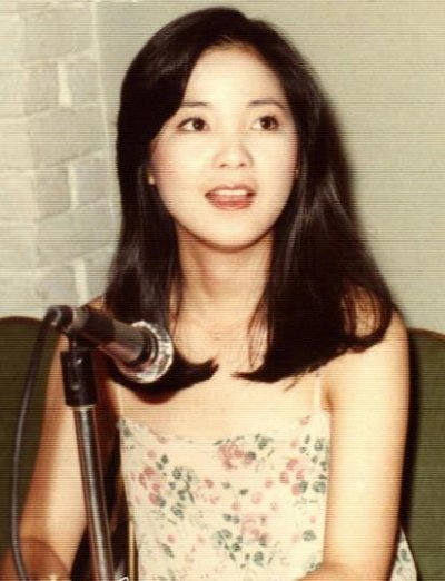 邓丽君,1953年1月29日出生于中国台湾省云林县,祖籍中国河北省邯郸市大名县,中国台湾歌唱家。