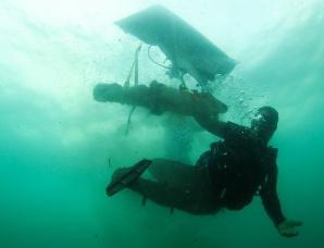 巴拿马海底发现摩根船长的加农炮