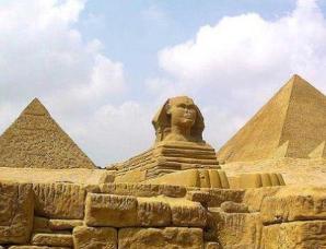 金字塔北迁之谜
