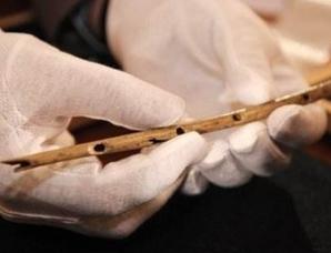 德国发现35000年前最古老的手工乐器