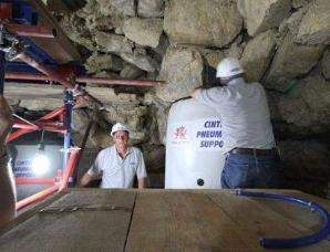 工程师用大型气囊拯救最古老埃及金字塔
