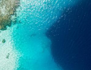 全球五大恐怖海洋蓝洞,第一名在中国