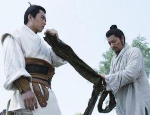 宋江惨死后,为什么吴用要在他坟前上吊自杀?