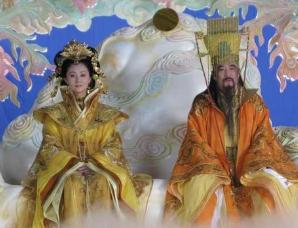传说中的玉皇大帝和王母娘娘到底是什么关系?